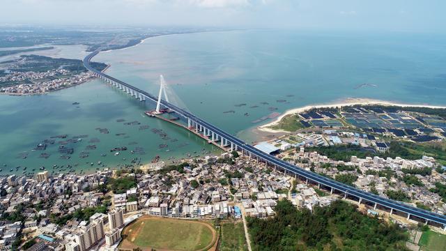 建成后海文大桥俯瞰